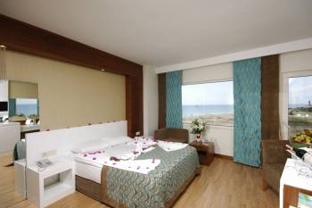 Family Land View Room